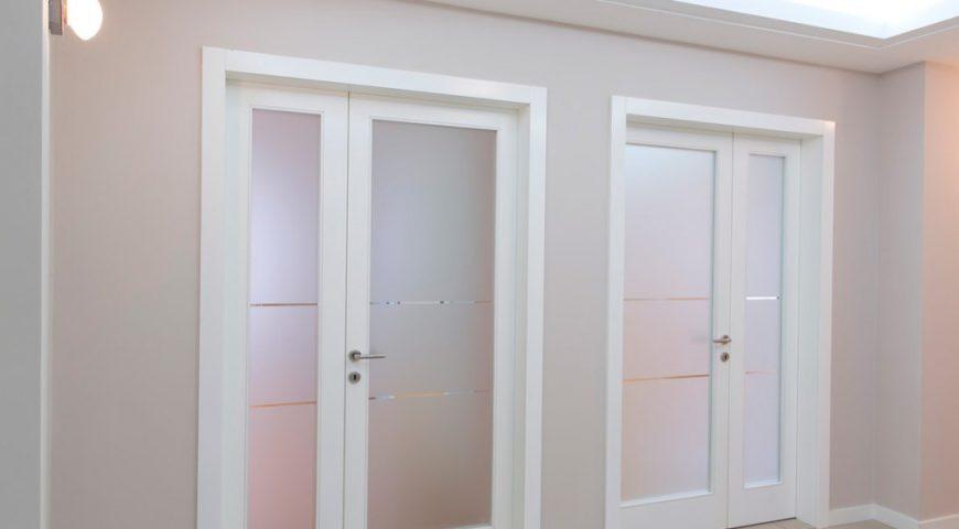 Пластиковые и алюминиевые двери